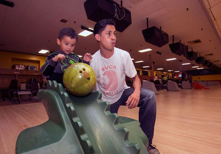 youth-bowling-salinas